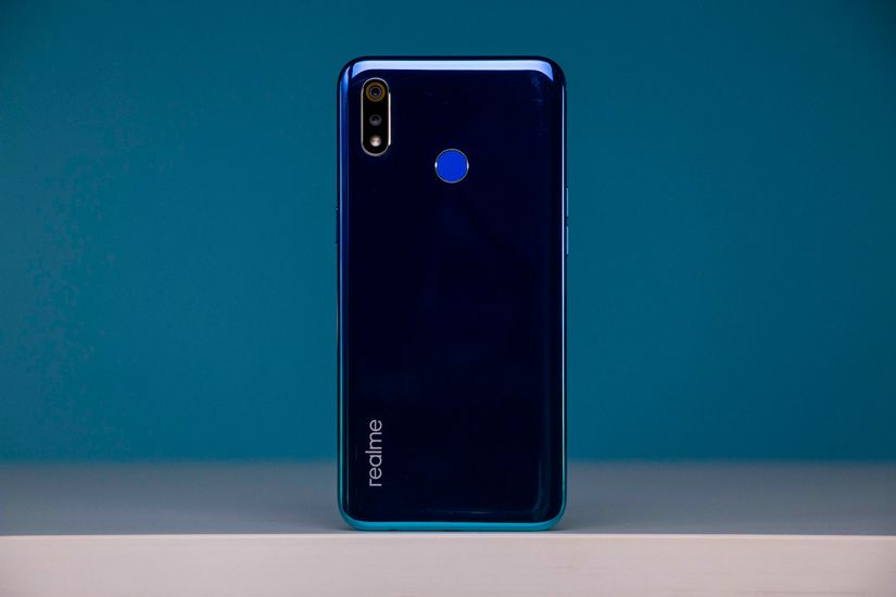 Realme 3 Images, Official Pictures, Photo Gallery