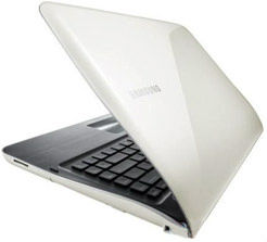 Samsung SF411-S01 Laptop (Core i3 2nd Gen/4 GB/640 GB/Windows 7/1) Price